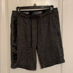 Men's Fleece Shorts by American Eagle sz Small